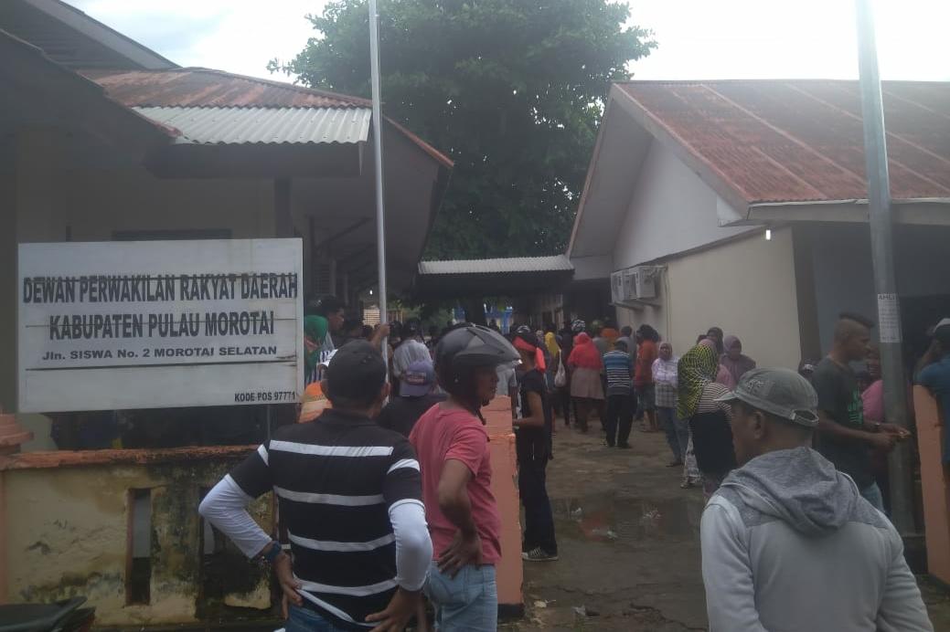 """Sebut """"Tak Lagi Berurusan Dengan Masyarakat"""", Pimpinan Dewan Morotai dari PDIP dikecam"""
