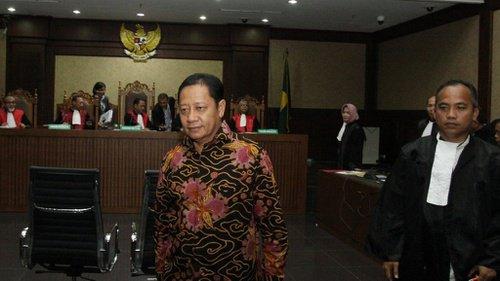 KPK Tuntut Eks Bupati Kepsul 12 Tahun Penjara