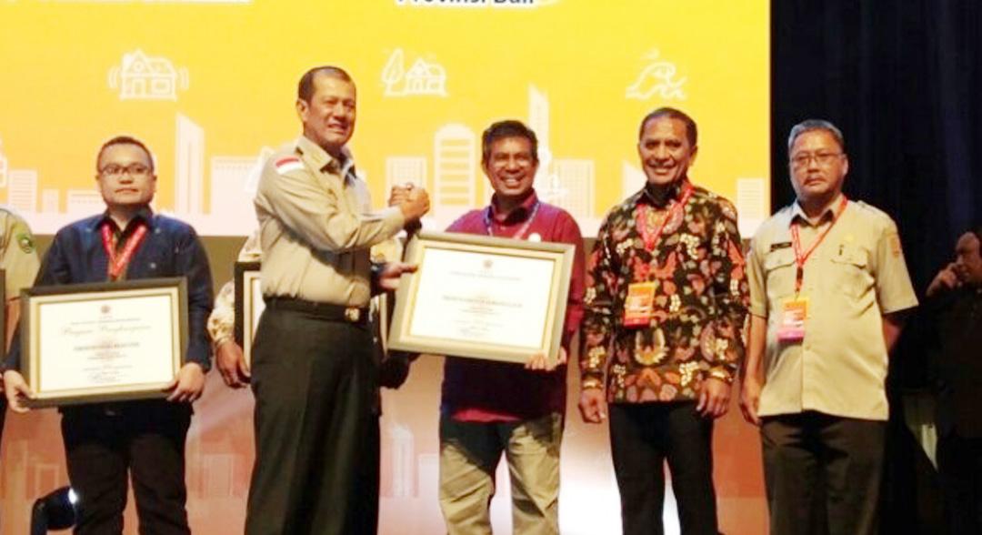 Pemkab Halsel Raih Penghargaan dari BNPB
