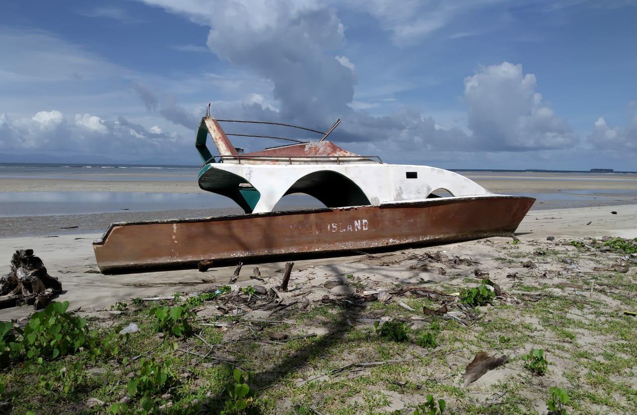 Speedboat Plun Island Milik Pemda Haltim dibiarkan Jadi 'Bangkai'