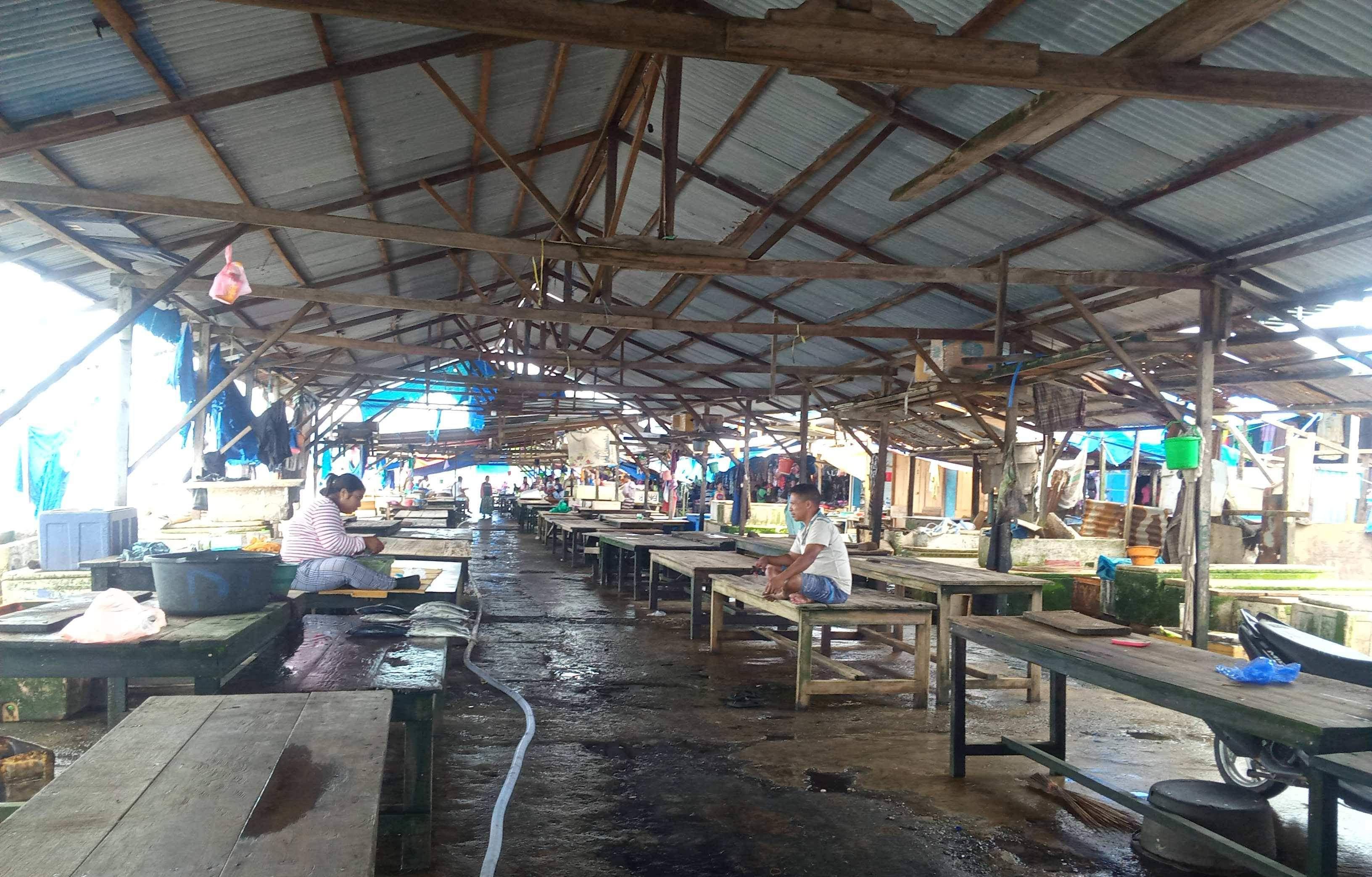 Pasar Ikan di Sanana Sepi Pembeli