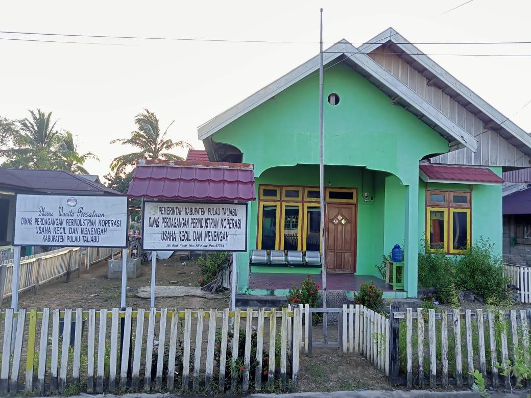 Tiga Hari Kantor Disperindagkop Pulau Taliabu tak 'Berpenghuni'